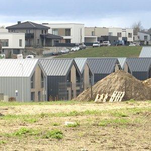 Ruošiamas naujas žemės mokestis: skaičiuojama, kad butai brangs tūkstančiais