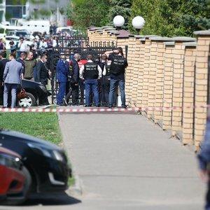 Diena po šaudynių Kazanėje – Rusija minima gedulo diena: aiškėja, kad žuvusi mokytoja užstojo mokinius