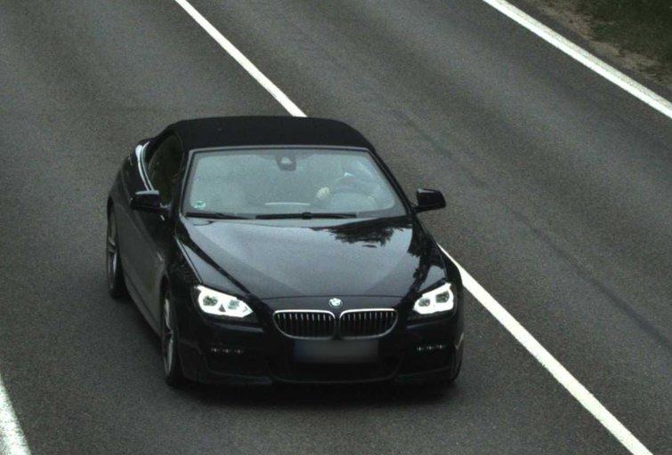 """BMW vairuotojas per dieną sugebėjo """"užsidirbti"""" net 51 protokolą"""