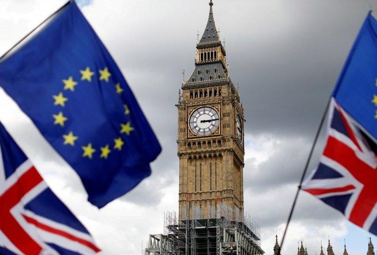 """Ekspertai paskaičiavo kiek kiekvienas britas netenka pinigų dėl """"Brexit"""" (nuotr. SCANPIX)"""