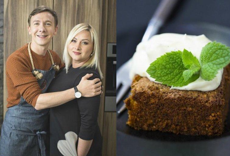 Net desertų niekada negaminanti  Sandra Žutautienė išmoko kepti šį gardų pyragą (nuotr. TV3)