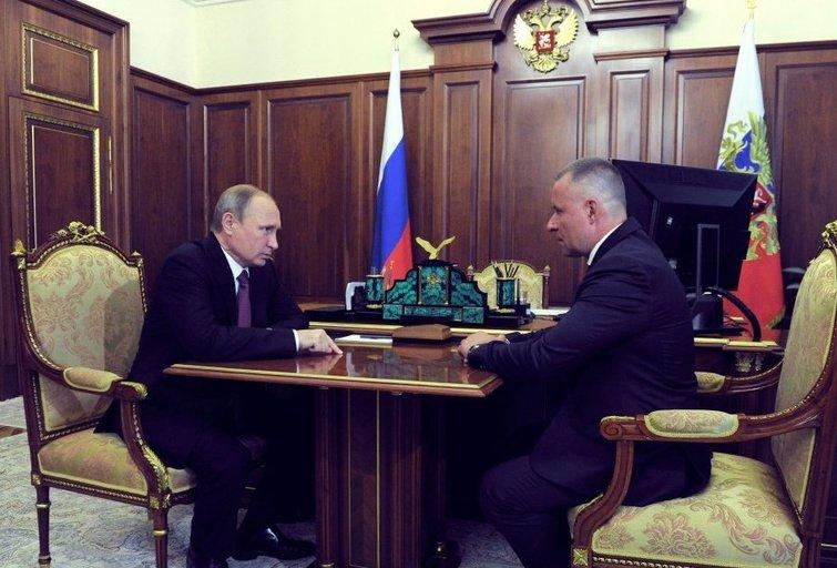 Vladimiras Putinas ir Jevgenijus Ziničevas (nuotr. SCANPIX)