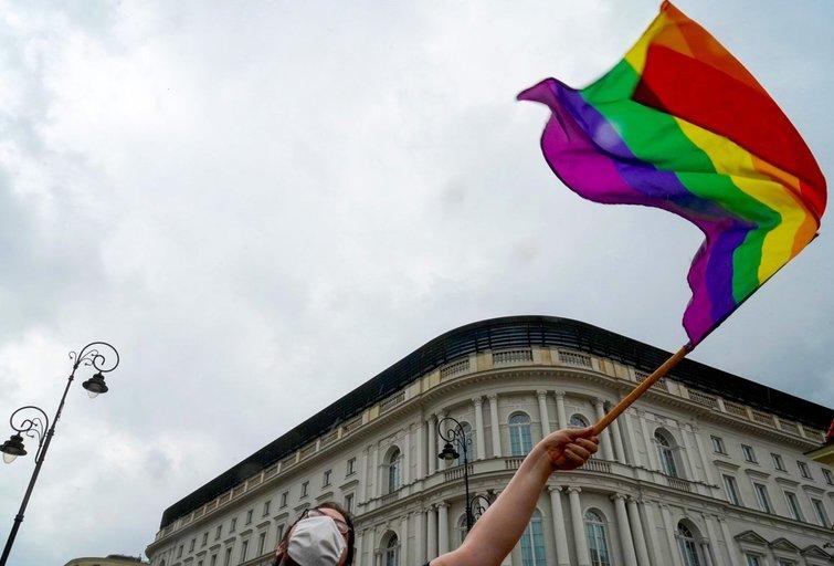 Lenkijoje parlamentarės išreiškė palaikymą LGBT per prezidento Dudos inauguraciją (asociatyvi nuotr. SCANPIX)