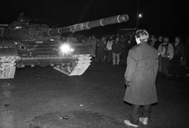 1991 m. sausio 13-oji (Tiesa.com/A. Petrulevičiaus nuotr.) (nuotr. Balsas.lt)