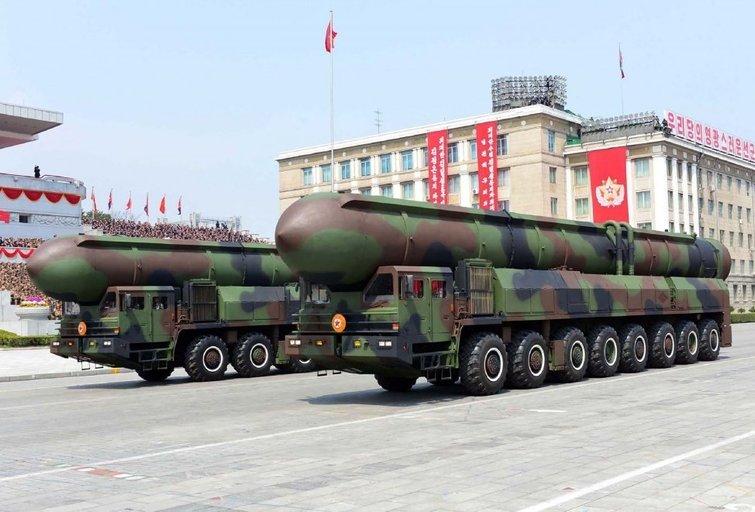 Šiaurės Korėjos raketa nukrito dėl JAV sabotažo? (nuotr. SCANPIX)