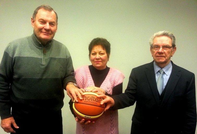 Olimpinės krepšinio legendos įkūrė paramos ir vystymo fondą (nuotr. Organizatorių)