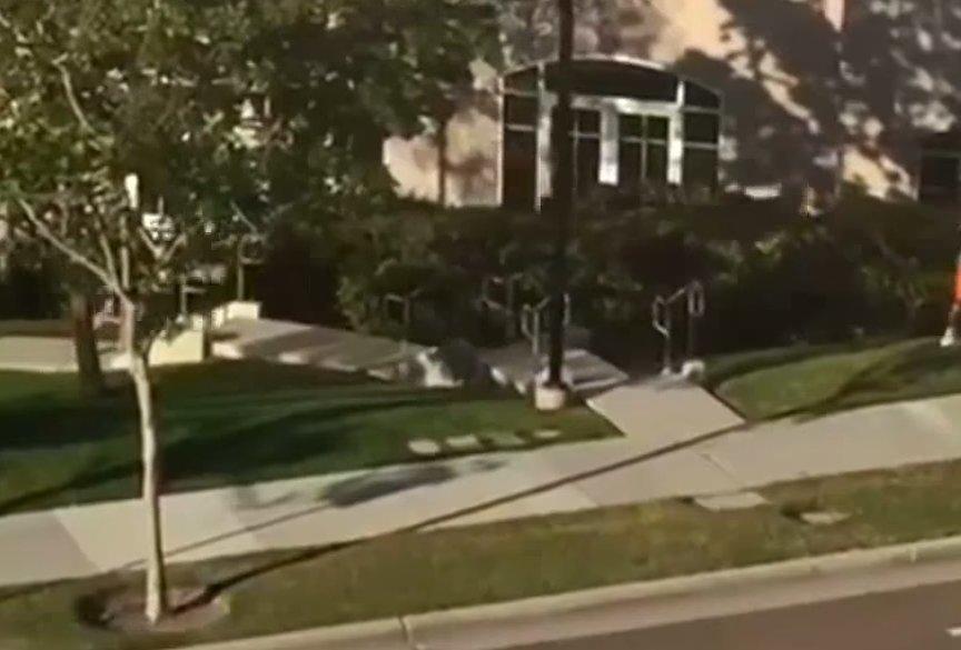 San Diege išpuolį surengęs vyras šaudydamas skambino savo buvusiai merginai (nuotr. YouTube)