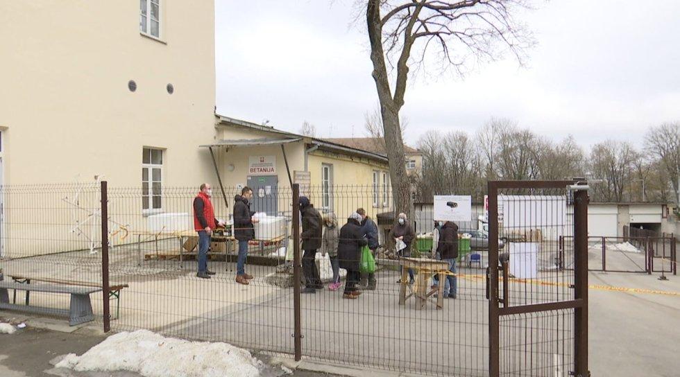 Karantinas ir pandemija Lietuvai grasina nauja skurdo banga