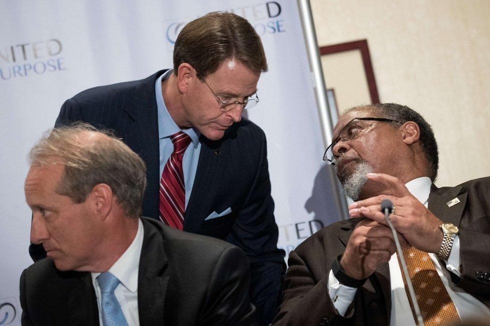 Kenas Blackwellas (dešinėje) (nuotr. SCANPIX)