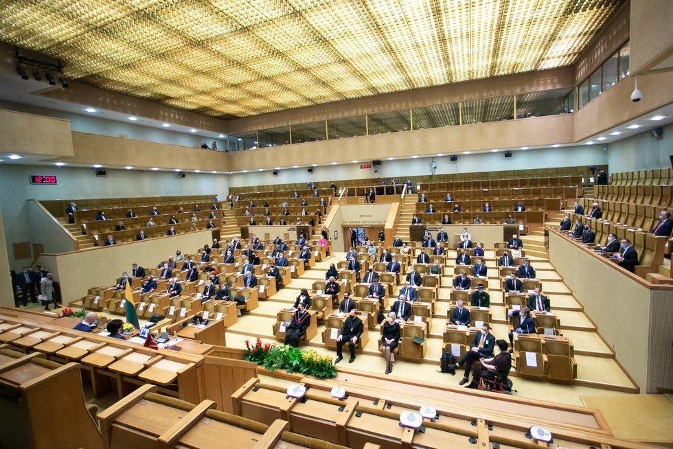 Seimo pirmasis posėdis (O. Posaškova nuotr.)