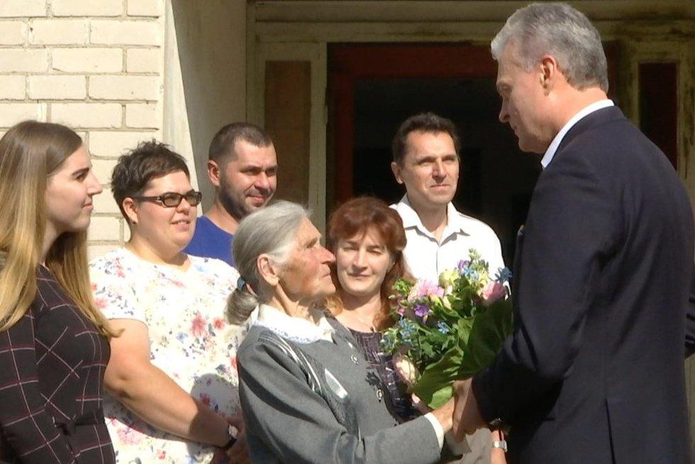 Nausėda susitiko su Kotryna iš Pabaisko (nuotr. TV3)