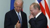 J. Bidenas ir V. Putinas, 2011-ieji (nuotr. SCANPIX)