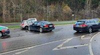 Avarija vienoje judriausių Vilniaus gatvių: neblaivi BMW vairuotoja rėžėsi į kelio atitvarus (nuotr. Broniaus Jablonsko)