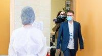 """Sveikatos apsaugos ministras Dulkys paskiepytas """"AstraZeneca"""" vakcina (nuotr. Fotobankas)"""