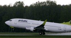 """""""Air Baltic"""": Baltarusijos oro erdvės vengimas kainuos 200 tūkst. eurų per mėnesį"""