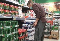 Lietuviai plūsta apsipirkti į Lenkiją: vienos rūšies prekes tiesiog šluoja