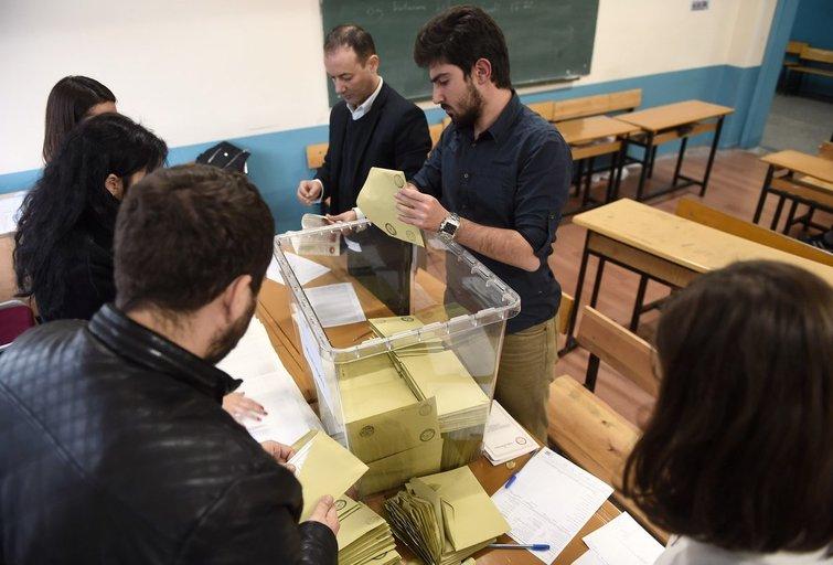 Parlamento rinkimai Turkijoje (nuotr. SCANPIX)