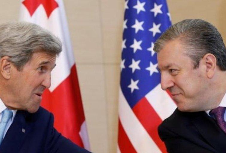 J. Kerry ir G. Kvirikašvilis