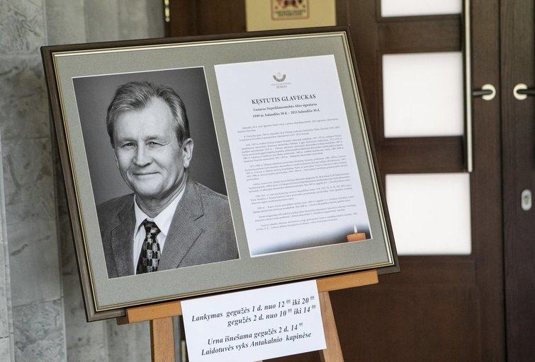 Lietuva atsisveikina su Kęstučiu Glavecku (Fotobankas)