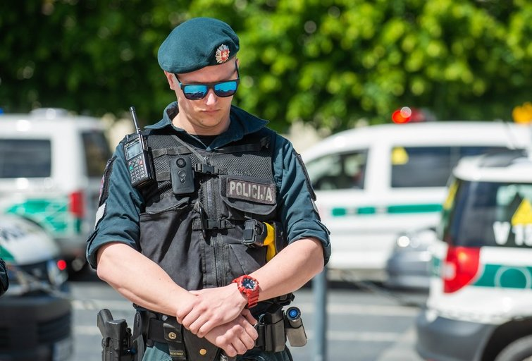 Policijos pareigūnas (nuotr. Fotodiena.lt)