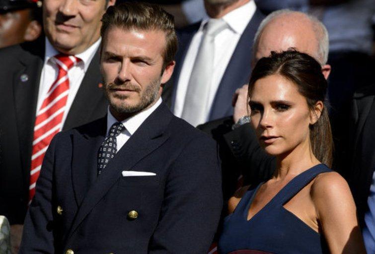 D. ir V. Beckhamai Vimbldono finalo metu (nuotr. Alloverpress.ee)