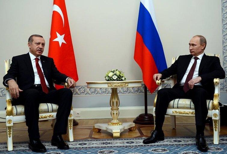"""NATO narė Turkija """"stiprins dvišalius santykius"""" su Rusija (nuotr. SCANPIX)"""