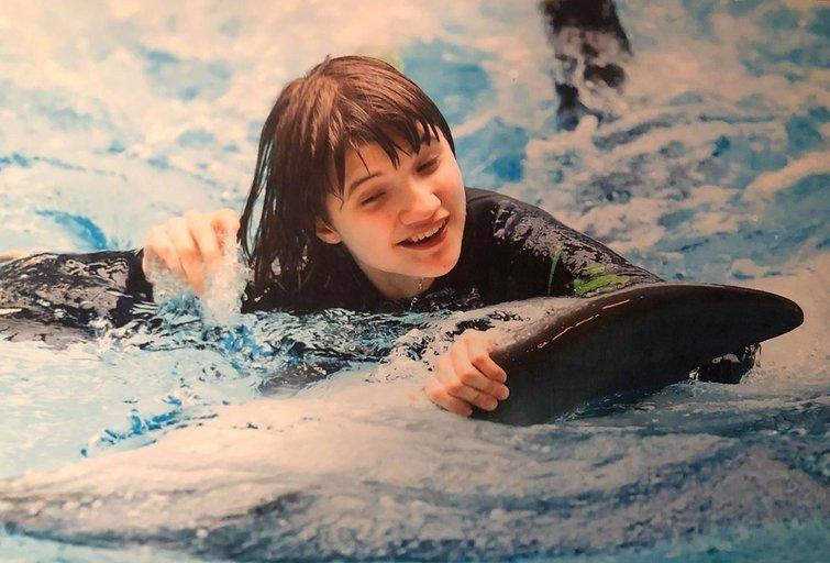 Serenai labai patiko delfinų terapijos seansai. Asnmeninio archyvo nuotr.