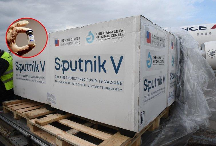 """""""Sputnik V"""" ir """"AstraZeneca"""" bendradarbiavimas: ką tai reiškia? (nuotr. SCANPIX) tv3.lt fotomontažas"""
