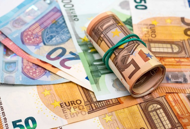 Pinigai (nuotr. SCANPIX)