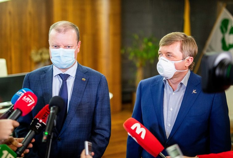 Saulius Skvernelis ir Ramūnas Karbauskis (Irmantas Gelūnas/Fotobankas)