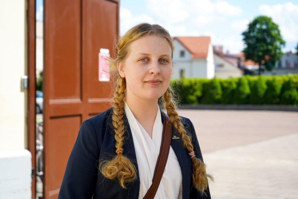Įspūdžiai po lietuvių kalbos egzamino: vieniems itin lengvas, kitiems baimė neišlaikyti ir liūdesys dėl nuotolinio mokymosi