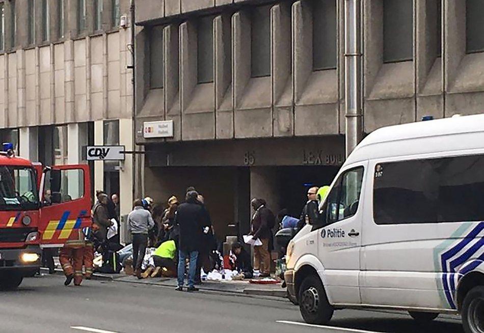 Briuselyje per sprogimus oro uoste ir metropoliteno stotyje žuvo mažiausiai 21 žmogus (nuotr. SCANPIX)