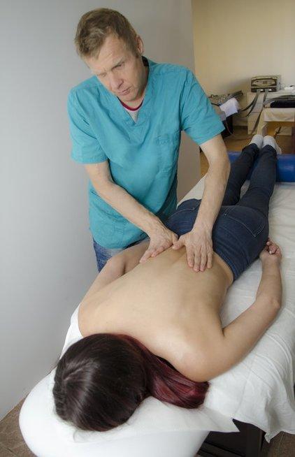 Aklas masažistas Kazys Kuneika