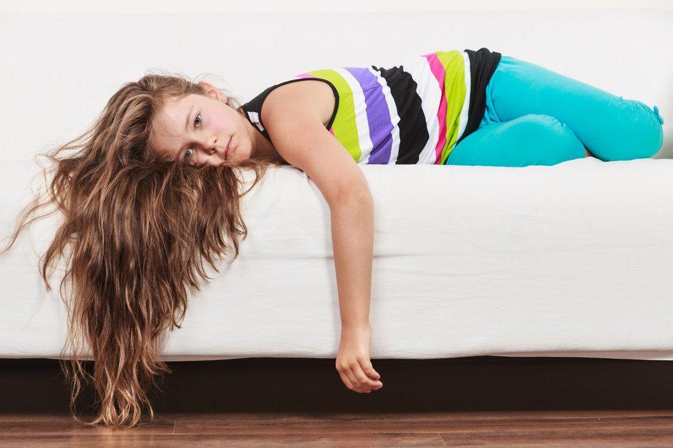 Pavargusi mergaitė (nuotr. Fotolia.com)