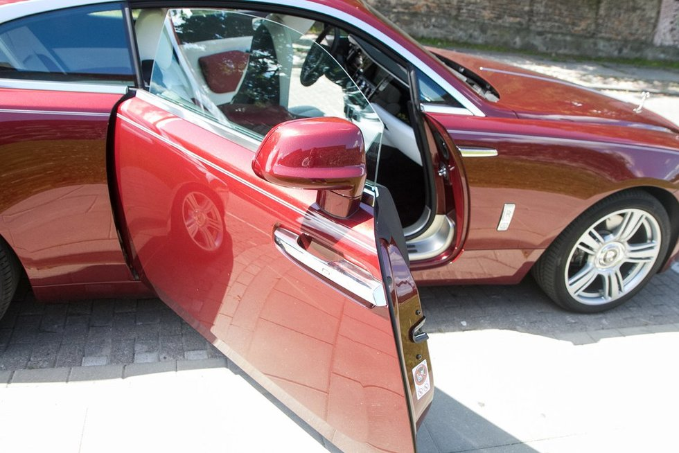 Rolls Royce Wraith (nuotr. Tv3.lt/Ruslano Kondratjevo)