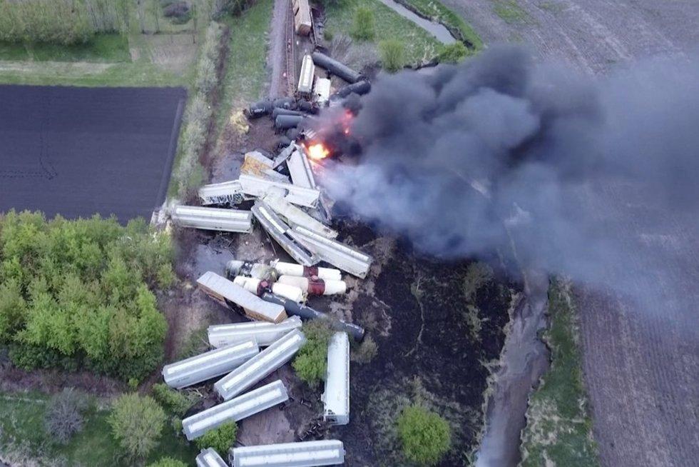 Traukinio avarija JAV (nuotr. stop kadras)