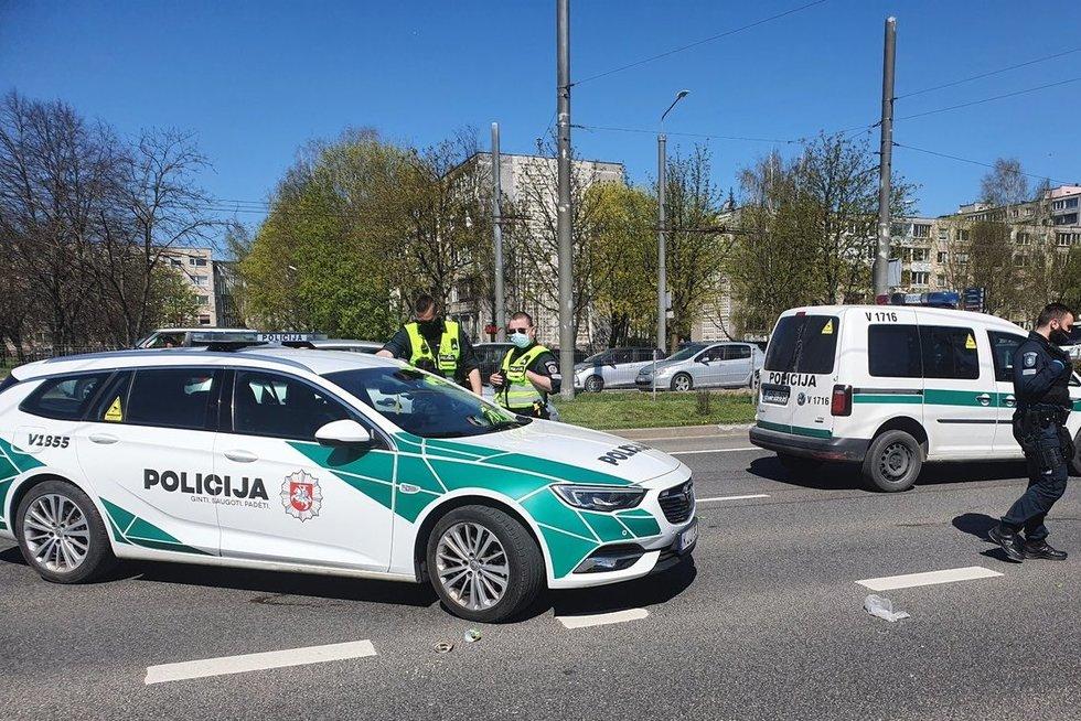 Vilniuje pėsčiųjų perėjoje mirtinai partrenkta moteris (nuotr. Broniaus Jablonsko)
