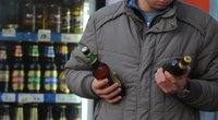 Alkoholio vartojimas Lietuvoje padidėjo: daugiausiai išgeriama alaus, antroje vietoje – vynas (nuotr. SCANPIX)