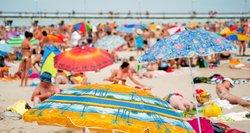 Įspėja dėl maudymosi – kai kur geriau nekišti net kojos