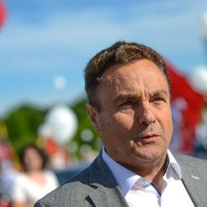 Gražulis siūlosi užleisti Seimo bendrabučio butą 6-7 žmonėms: sulaukė daug kritikos