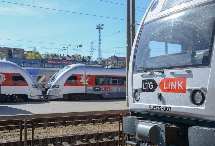 Traukiniai (Fotodiena/ Viltė Domkutė)