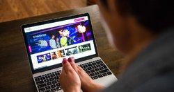 Gyventojai skundžiasi stringančiu internetu: kodėl už tai reikia mokėti?