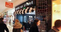 Konfliktas Vilniaus parduotuvėje: darbuotojos negavo algos, bet jas kaltina vogus