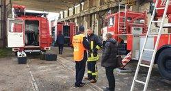 Specialistai apie gaisrą Alytuje: pavojus sveikatai gali tęstis ir kelias savaites