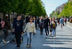 Delta atmaina Lietuvoje: ekspertai aiškina, kaip greitai gali išplisti naujas variantas ir kokį pavojų tai kelia