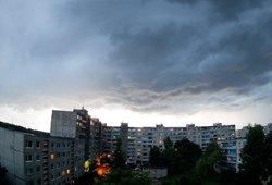 Orai smarkiai pasikeis: įspėja, kad kai kur bus liūčių, iškris kruša
