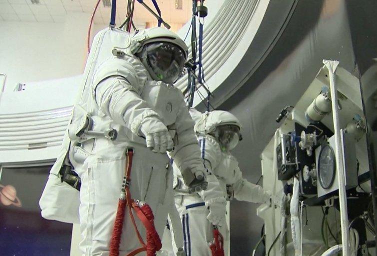 Astronautai (stop kadras)