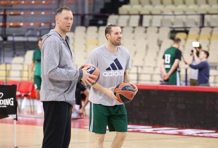 Darius Songaila ir Beno Udrihas (nuotr. Vytauto Mikaičio/basketnews.lt)