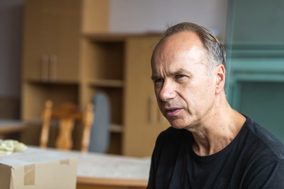 Licėjaus direktorius Saulius Jurkevičius įsileido į remontuojamą licėjų