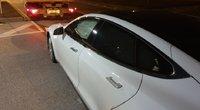 """Elektromobilio """"Tesla Model S70"""" avarija (nuotr. Organizatorių)"""